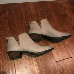 Nordstrom low cut BP Taupe Booties size 11